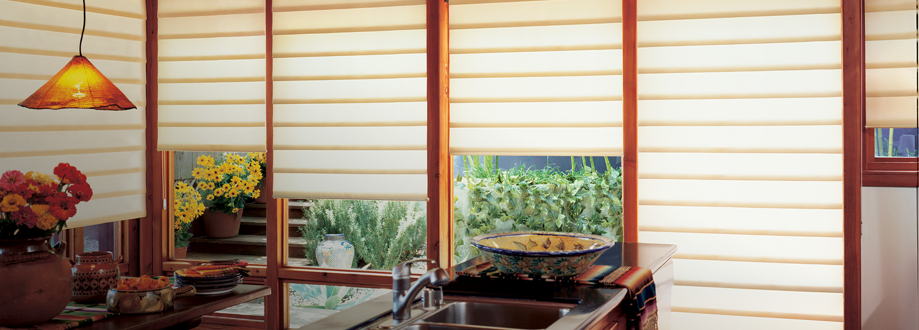 Kitchen window coverings today 39 s window fashions for Window design solutions