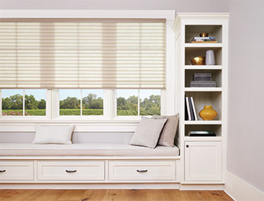 TWF_Sonnette-Cellular-Roller-Shades_Features-and-Benefits_Opacity.jpg