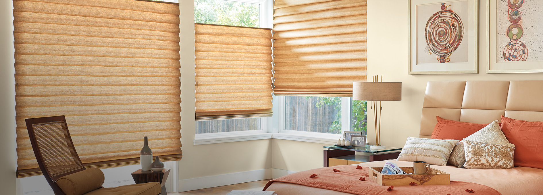 Hunter Douglas The Alustra Collection of Vignette