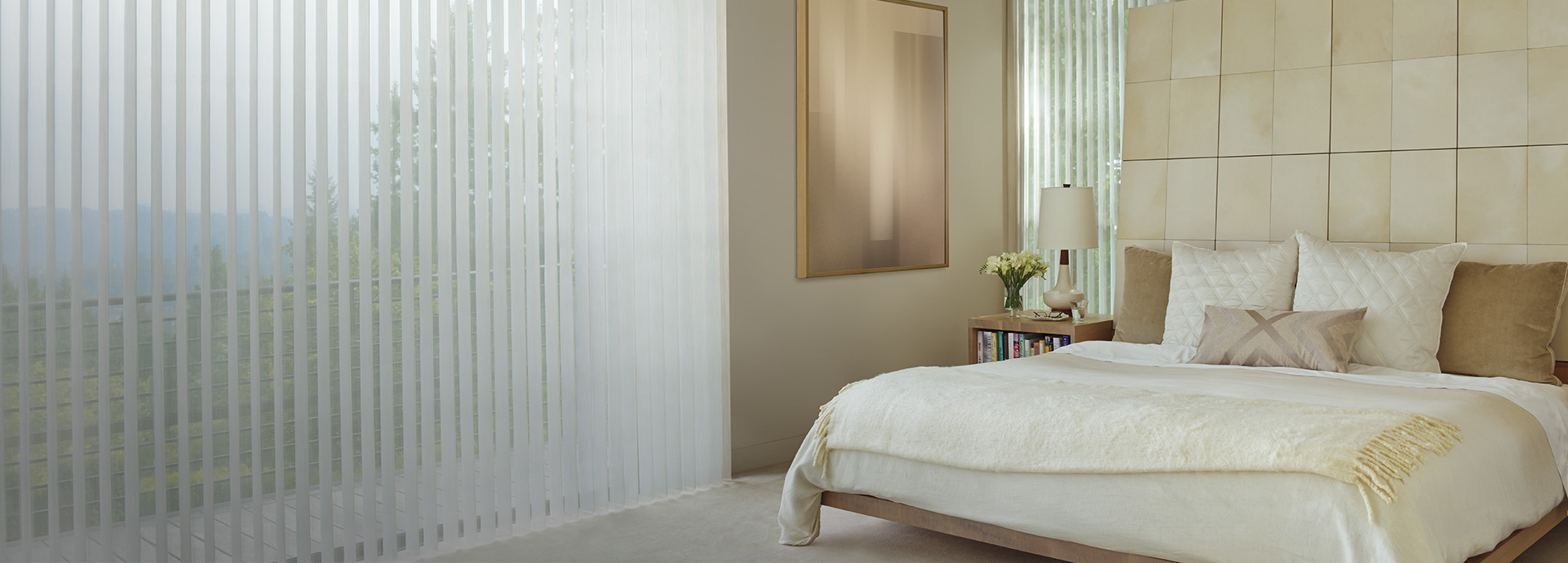 Bedroom window treatments today 39 s window fashions for Window design solutions