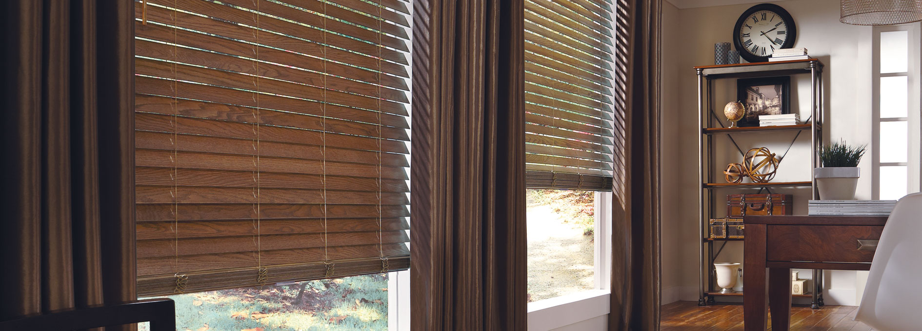 Hunter Douglas Parkland® Ash Wood Blinds