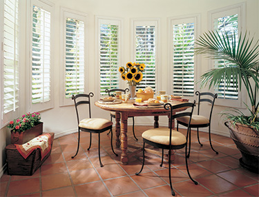 TWF_Heritance-Hardwood-Shutters_Features-and-Benefits_UV-Protection.jpg
