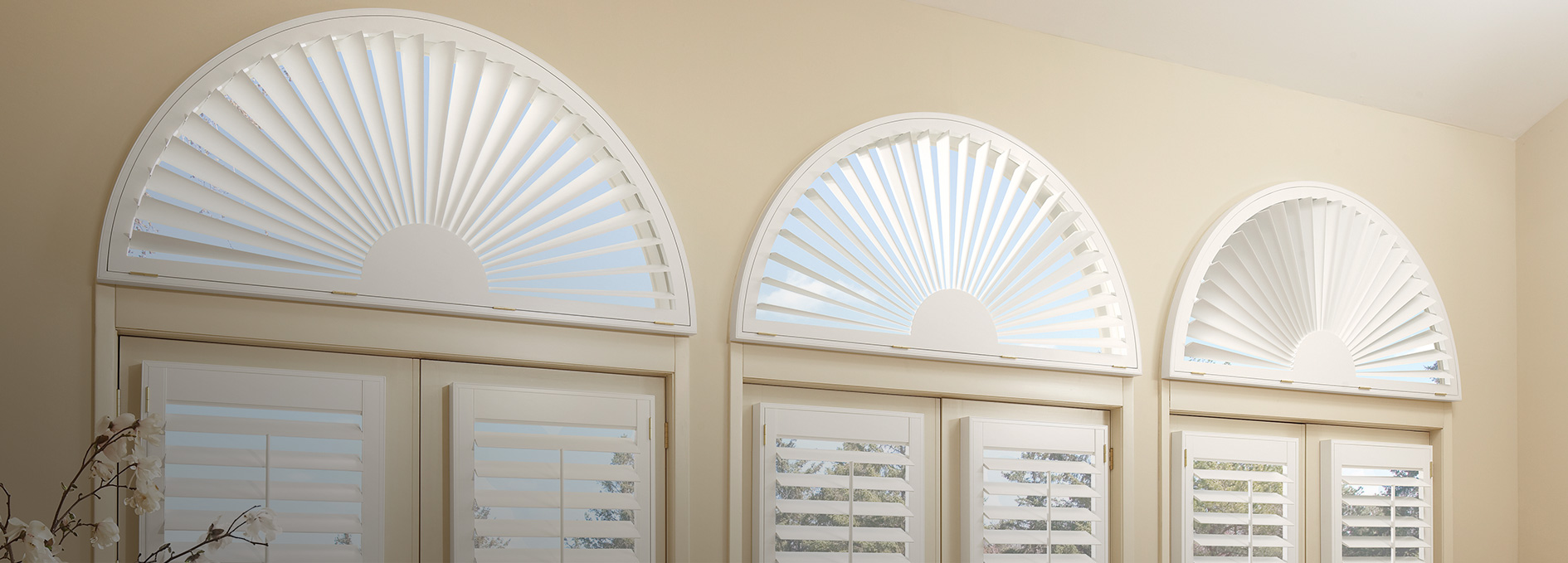 Window treatments for arched windows today 39 s window for Window design solutions