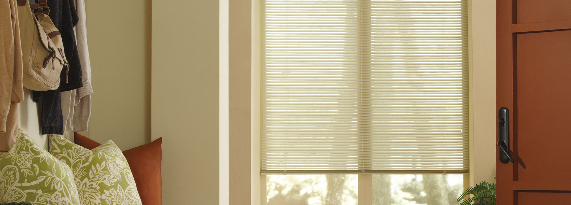 Hunter Douglas Lightlines® Blinds