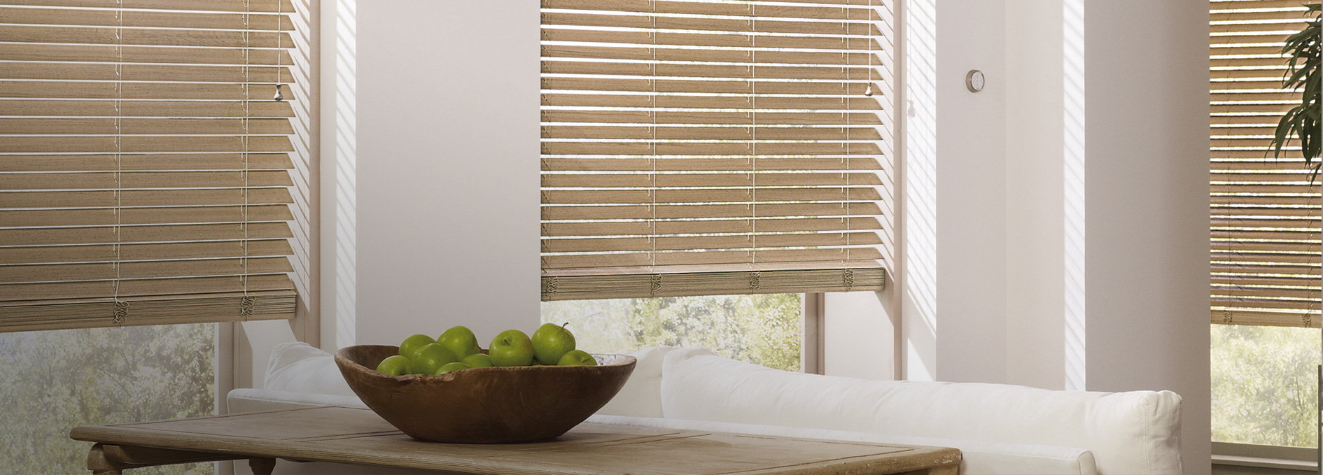 Hunter Douglas Parkland® Weathered Wood Blinds
